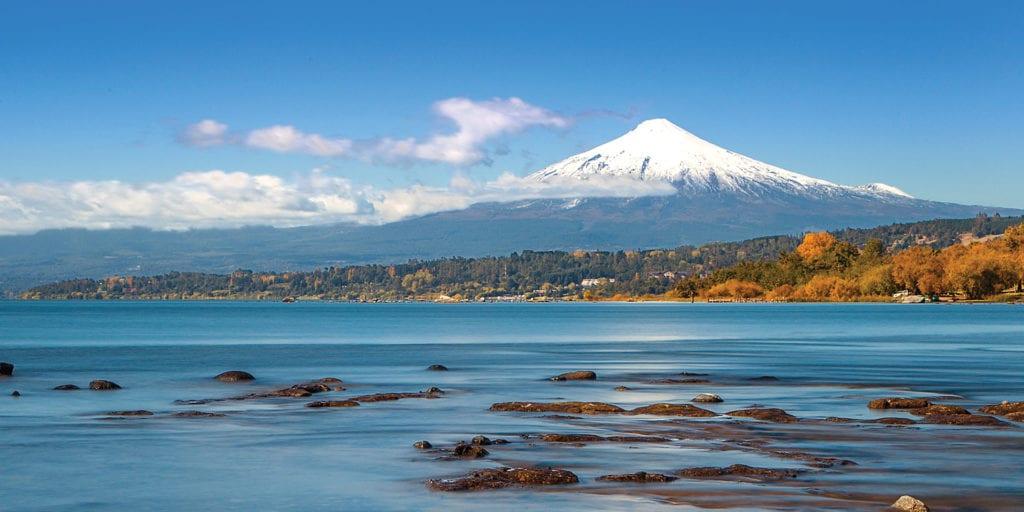 Chile Patagonia Lakes Lago Villarrica Contours Travel