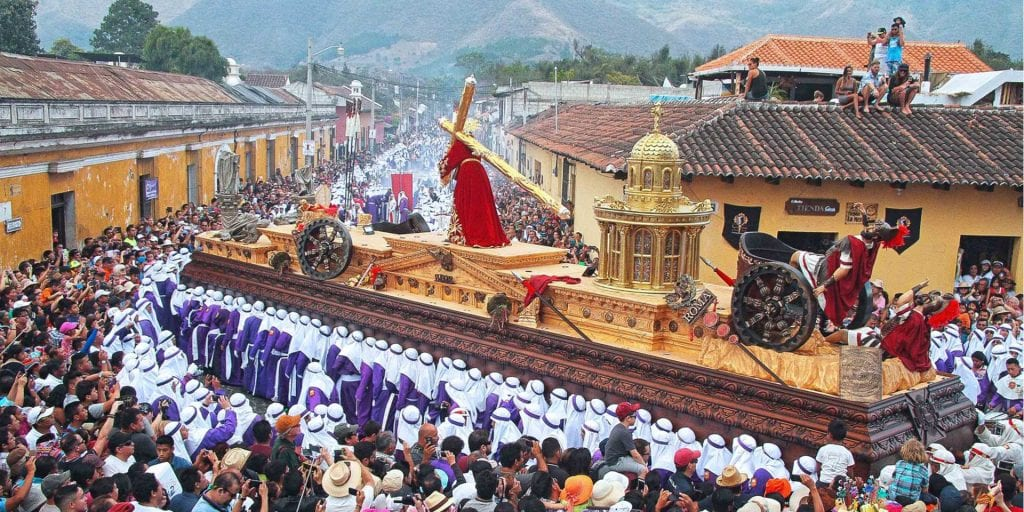 Best time to visit Guatemala. Easter Celebrations in Antigua.